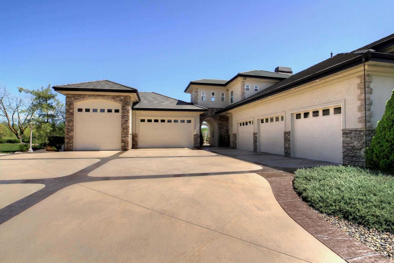 garage-driveway