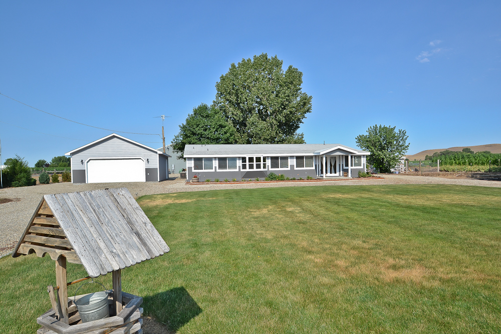 3305 Lower Bluff Road – Emmett – SOLD!